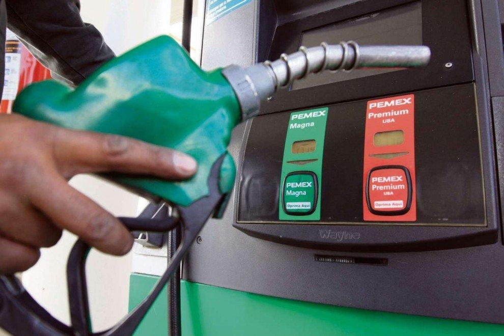 Altos e baixos: grau de investimento e gasolina