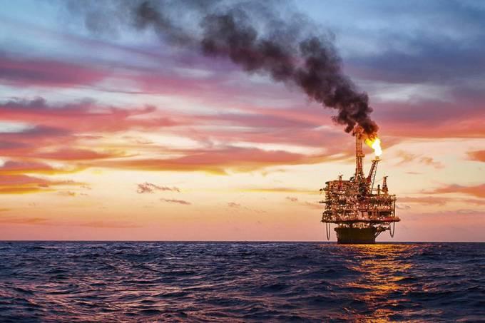 Petróleo: maldição ou bênção?